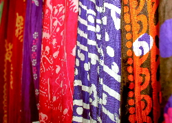 Vibrant colours on silk | Wild Colours natural dyes